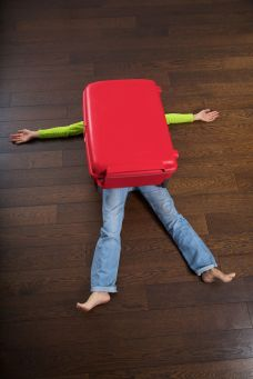 16408253 - the big red suitcase killed a traveler woman